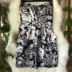 S Black white floral strapless dress